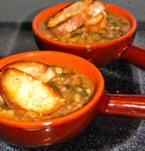 Sausage, Bean, and Spinach Soup