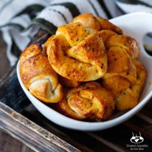 Quick and Easy Buffalo Garlic Knots | sharedappetite.com