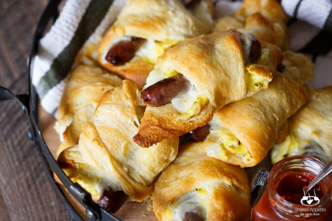 sausage-egg-cheese-crescent-roll-ups-8