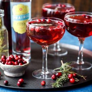 Sparkling Cranberry Rosemary Cocktails | sharedappetite.com