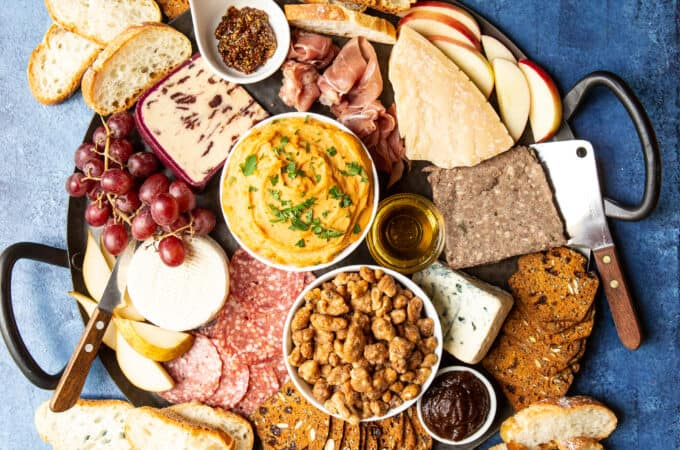 How To Create an Epic Fall Charcuterie Board