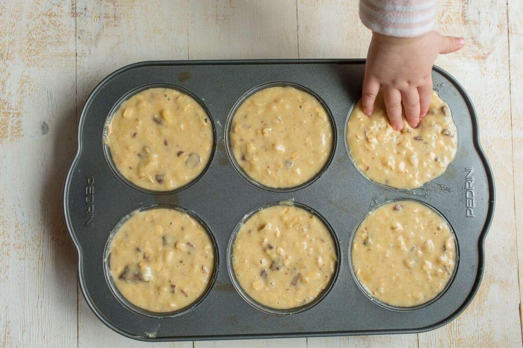 banana oat muffin